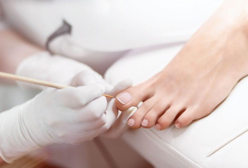 Экспресс педикюр - обработка пальцев на ногах-1